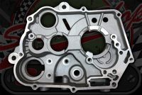Crankcase R/H clutch side Z190 5 speed